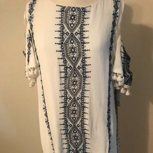 NWT Sandra Darren cold shoulder dress